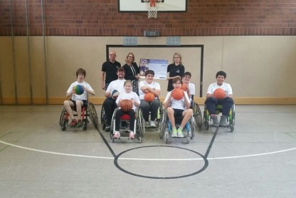 Anschaffung neuer Sportrollstühle für Basketball