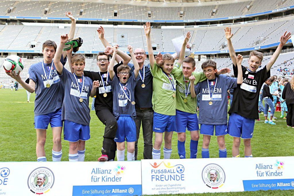 Das Siegerteam der Mini-EM heißt Frankreich - kommt allerdings vom SC Gröbenzell.