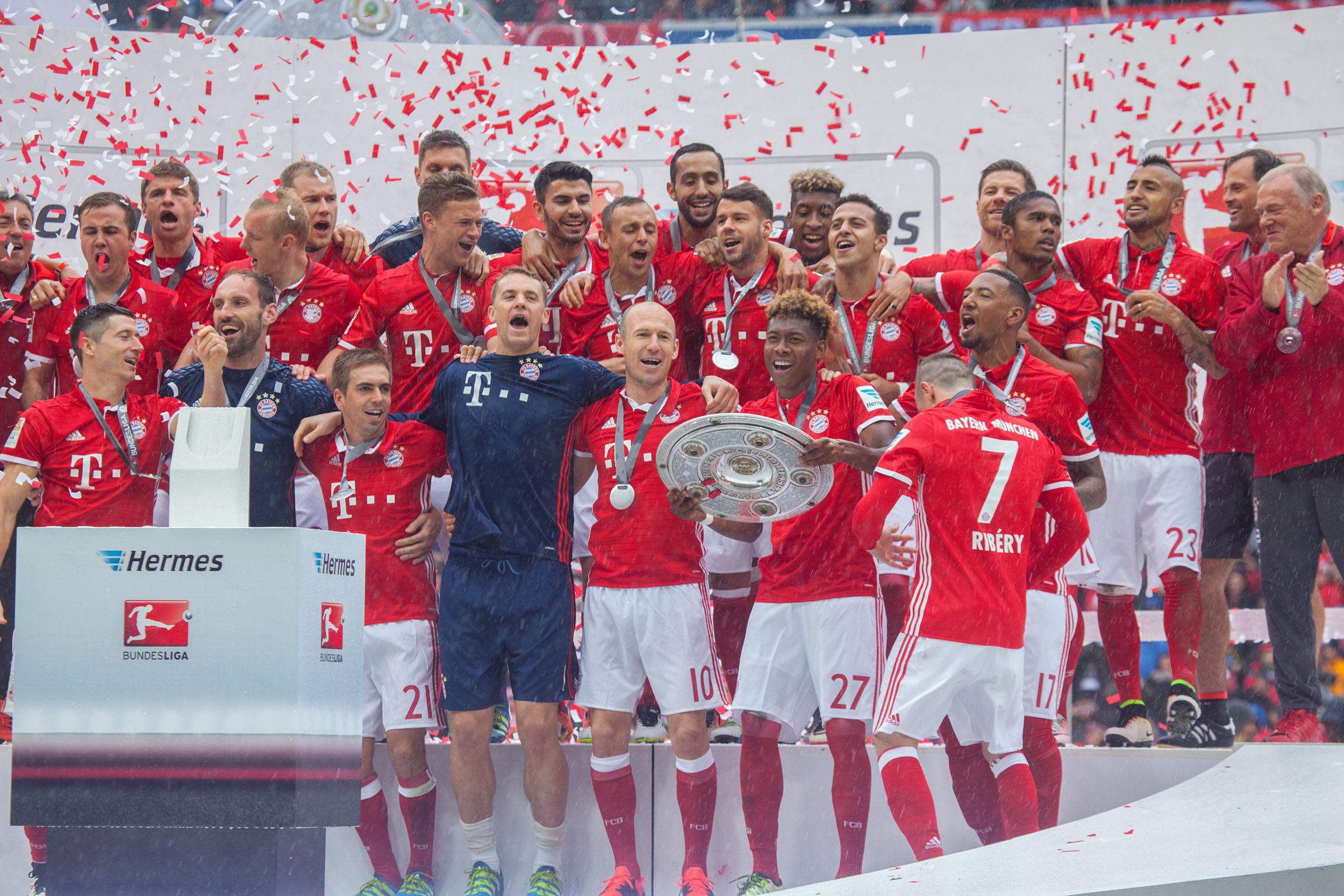 Treffen Sie die FC Bayern Stars der Saison 2016/2017!